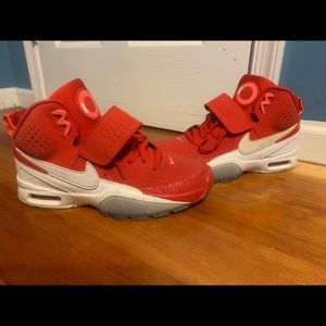 Nike Bo Jackson 1 university red/white size 9
